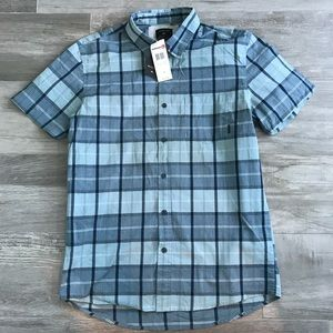 Men's Quiksilver plaid button down shirt NWT